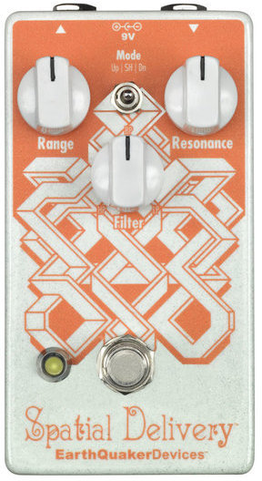 EarthQuaker Devices Spatial Delivery V1 Envelope Filter with Sample & Hold Octaver Pedals