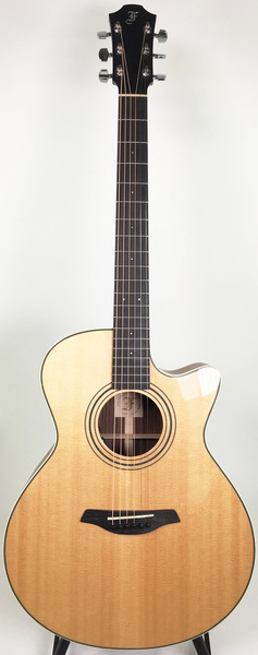 Furch G 22 SR Cut (LR Baggs EAS VTC El) Cutaway Acoustic Guitars with Pickups